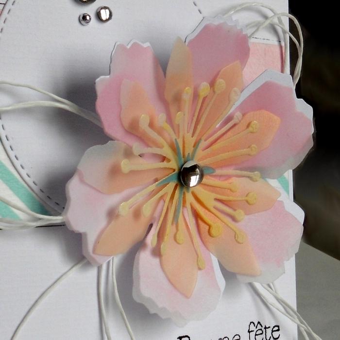 JUGS340 - la fleur